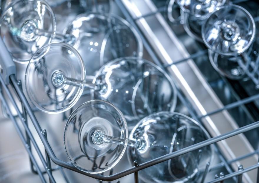 Środki czyszczące do zmywarki – poradnik